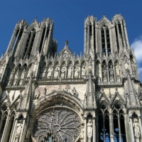 Reims cathedral faca...